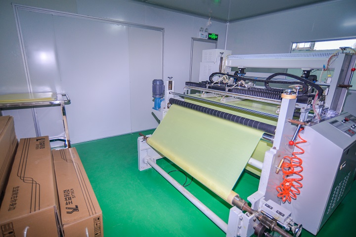 PP裁剪机(多层板设备)